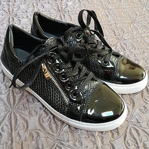 Shoes - Awesome Parisian Kicks with Gold Zippers!